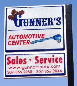 Gunner's Sales and Service Sign